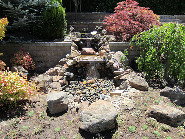 Los altos pondless waterfall with large landscaped back for Design of pondless waterfalls